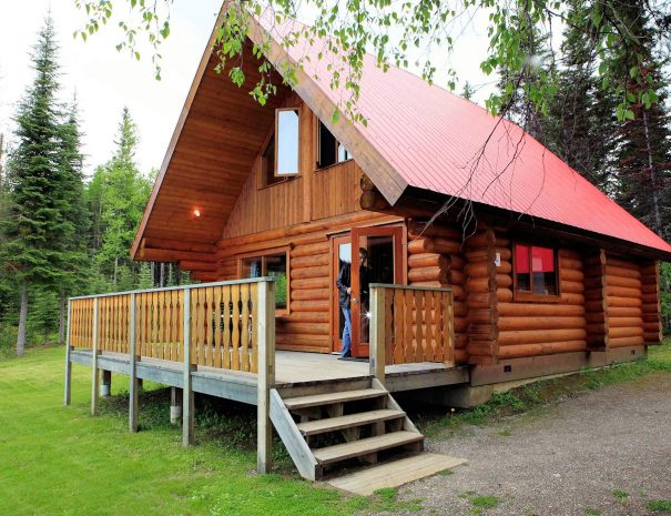 Exterior of the Betty Wendle House, Becker's Lodge, Bowron Lake, BC
