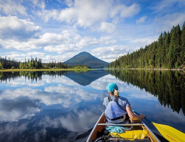 canoe on Bowron Lake
